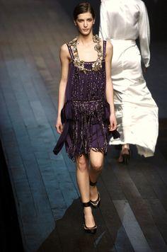 ☆ Diana Dondoe   Lanvin   Fall/Winter 2004 ☆ #Diana_Dondoe #Lanvin #Fall_Winter_2004 #Catwalk #Model #Fashion #Fashion_Show #Runway #Collection