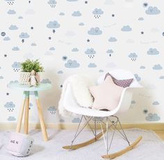 50 rooms of babies with papers of beautiful walls Wallpaper Ceiling, Cloud Wallpaper, Wallpaper Roll, Baby Decor, Kids Decor, Baby Bedroom, Kids Bedroom, Tapete Gold, Nursery Design