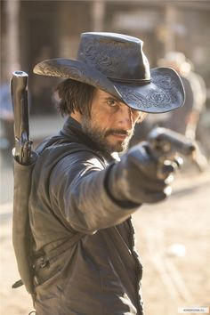 Hector Escaton - Rodrigo Santoro in Westworld Season 1 (TV series).