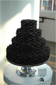 Oreo Cookie Grooms Cake! lol! He would love this...