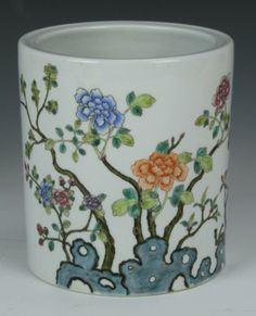 China, C., Famille Rose brush pot, adorned with vividly painted flowers and sculptural tree roots, Qianlong mark. Asian Vases, Tree Roots, Chinese Calligraphy, Antique Bottles, Painted Flowers, Chinese Painting, Ink Painting, Rose, Brushes