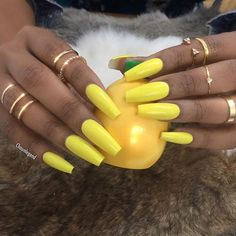 http://weheartit.com/entry/242569196 yellow nails,