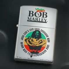 **Bob Marley** Crazy Zippo/Zippo style lighter. More fantastic smoking accessories & 420 ganja weed herb kaya hemp culture stuff for joints & spliffs, pictures, music and videos of *Robert Nesta Marley* on: https://de.pinterest.com/ReggaeHeart/