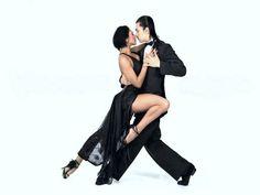 O evento conta shows, oficinas de dança, exposições de fotografia e mostra de filmes temáticos. Além disso, traz apresentações de parejas de baile, realizadas pela cidade.