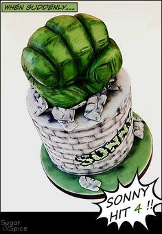Hulk smash cake Hulk fist https://www.facebook.com/SugarandSpiceGourmandise