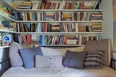 room furniture and decorating ideas for reading nooks