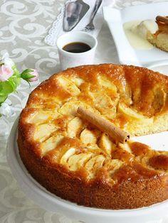 Apple Cake.  Apfelkuchen