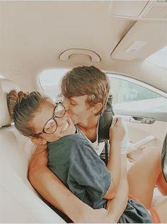 Cute Couples Photos, Cute Couple Pictures, Cute Couples Goals, Couple Photos, Boyfriend Goals, Future Boyfriend, Future Husband, Couple Goals Relationships, Relationship Goals Pictures