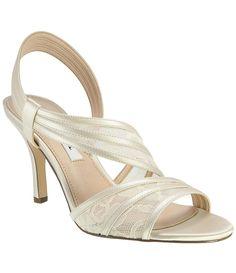 Women S Pumps Amp Heels Women S Dress Shoes Dsw Wear