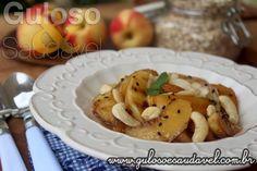 #BomDia! Para o café da manhã temos deliciosos Pêssegos Caramelizados com Mel e Castanhas são super saudáveis e fáceis de preparar!  #Receita aqui: http://www.gulosoesaudavel.com.br/2016/04/14/pessegos-caramelizados-mel-castanhas/
