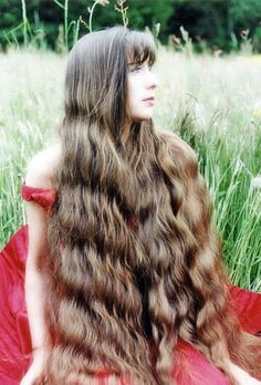 Girls Through The History With Unusually Long Hair
