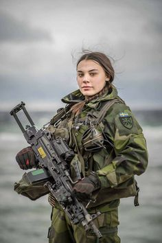 Military Women, Military Female, Female Soldier, Soldiers, Bullet, Women, Weapons, Military Men, Bullets