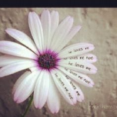 Could I get a tatoo of this, with names on the petals?