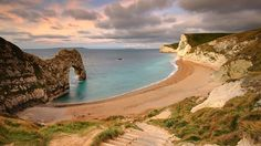 Best Beaches in Europe: Durdle Door Beach, Dorset, England Best Beaches In England, Best Beaches In Europe, Cheap Beach Vacations, Dream Vacations, Snowdonia National Park, Jurassic Coast, Famous Beaches, Travel And Leisure, British Isles