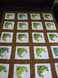 Hand quilted Frog Quilt