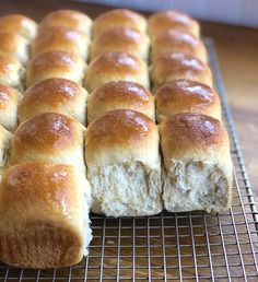 Amish Dinner Rolls are the quintessential soft white roll, perfect for any occasion and a must during the holidays. See how to make these delicious rolls step by step. Best Turkey, Leftover Mashed Potatoes, Turkey Sandwiches, Amish Recipes, Gluten Free Dinner, Stick Of Butter, Melted Butter, Recipes From Heaven, King Arthur