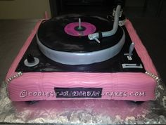 Coolest Turntable Cake... This website is the Pinterest of birthday cake ideas