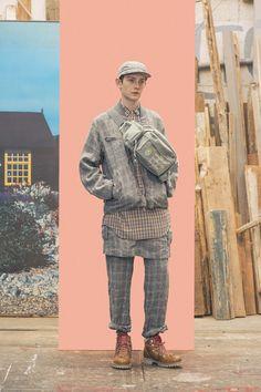 Undercover Spring 2017 Menswear Collection Photos - Vogue jetzt neu! ->. . . . . der Blog für den Gentleman.viele interessante Beiträge - www.thegentlemanclub.de/blog