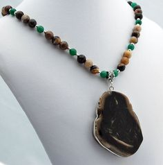 Perfect combination of statement jewelry, beauty and individuality