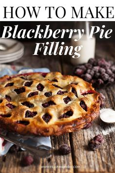 This easy blackberry pie will be a winner each and every time! Make the filling with fresh or frozen blackberries, and you can even use a store bought pie crust for a shortcut. There's no time to waste when you make this southern classic! Blackberry Pie Recipes, Blackberry Cobbler, Blackberry Pie Recipe With Frozen Berries, Blackberry Pie Fillings, Blackberry Drinks, Chocolate Pies, Chocolate Recipes, Mint Chocolate, Le Diner