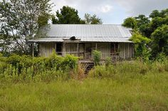 McGregor GA Montgomery County Abandoned Farmhouse Board and Batten Architecture Whitewashed Picture Image Photograph © Brian Brown Vanishing South Georgia USA 2013