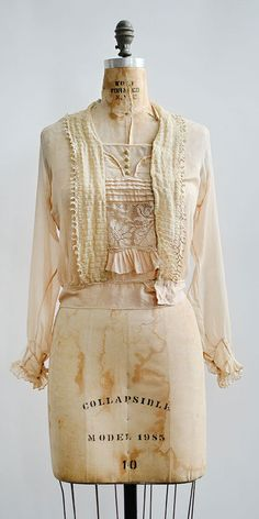 vintage 1920s blouse / Piano Forte Blouse from Adored Vintage #1920s #1910s #Edwardian #antique