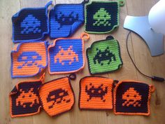 Ravelry: Space Invaders Potholders (English) pattern by SaZz Meijer