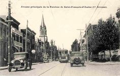 Vers 1920, le tramway circulant sur la 1re Avenue, non loin de l'église de Saint-François-d'Assise.