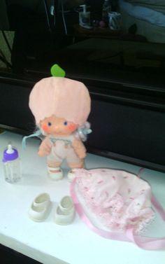 Strawberry shortcake doll vintage figure ?