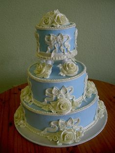 Love this Old Style Cake by Sweet Art you can see more of their work on Flicker.