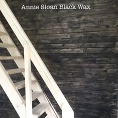 A customer to me bought Annie Sloan Black Wax and painted a wooden wall ( the wall was raw wood ). The new wax has only been out on the market for a few weeks and it's already a success - en trävägg som blivit behandlad med Annies nya Svarta Wax..så snyggt det blev  #helishem #hindås #anniesloan#anniesloanblackwax#blackwax#woodenwall #trävägg#målaom#anniesloanstockist#anniesloansweden #anniesloanchalkpaint #anniesloanstockistsweden #industrial #industrialstyle #industrialinterior…