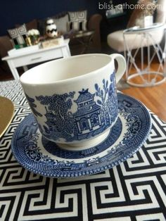 blue and white china, blue willow china Blue Willow China, Blue And White China, Blue China, Touchless Kitchen Faucet, Coffee Cups, Tea Cups, Willow Pattern, Weeping Willow, White Dishes