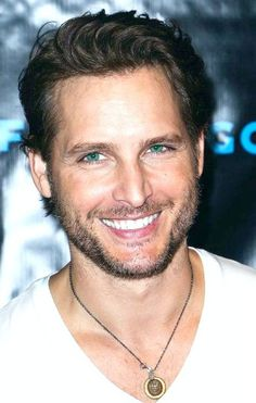 """Actor Peter Facinelli arrives at """"The Twilight Saga: Breaking Dawn - Part VIP Comic-Con celebration at Hard Rock Hotel San Diego on July 2012 in San Diego, California. Get premium, high resolution news photos at Getty Images Hot Actors, Actors & Actresses, Pretty People, Beautiful People, Peter Facinelli, Breaking Dawn Part 2, Handsome Male Models, Handsome Guys, Scruffy Men"""