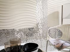 Espectaculares ambientes sofisticados con los mosaicos de acero de L'Antic Colonial.