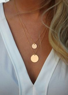 Jewelry Necklace Gold Filled Layered Necklace Set/ Set of 2 layered Necklaces/ Disk Necklaces/ Gold Filled Circles/ Layering Necklaces - Cute Jewelry, Gold Jewelry, Jewelry Box, Jewelery, Jewelry Accessories, Jewelry Necklaces, Women Jewelry, Fashion Jewelry, Jewelry Displays