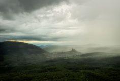 Castle of Somoskő gets soaked