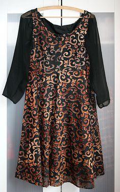 Kleid mit Ausbrennerstoff