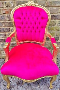 Hot pink and gold chair! Hot Pink Furniture, Funky Furniture, Furniture Design, Disney Princess Bedding, Princess Curtains, Princess Chair, Antique Armchairs, Everything Pink, Beauty Room