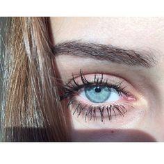 Eyes blue like the Atlantic and I'm going down like the titanic Green Eyes, Blue Eyes, White Eyes, Lenses Eye, Aesthetic Eyes, Stunning Eyes, Eye Art, Pretty Eyes, Cute Friends