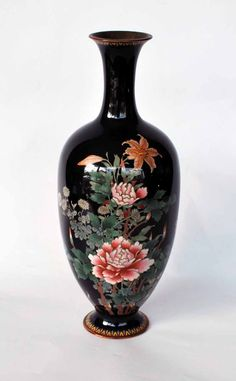 Japanese silver wire cloisonne' vase from Meiji Period.