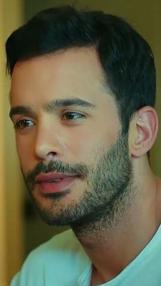 Turkish Men, Turkish Actors, Samos, Elcin Sangu, Tv Awards, Cute Actors, Tom Hardy, Beautiful Actresses, Swagg
