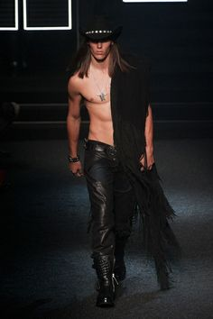 MMU FW 2014-15 – Philipp Plein See all the catwalk on: http://www.bookmoda.com/sfilate/mmu-fw-2014-15-philipp-plein/#imgID-66628  @PHILIPP PLEIN #philippplein #milan #fall #winter #catwalk #menfashion #man #fashion #style #look #collection #MMU