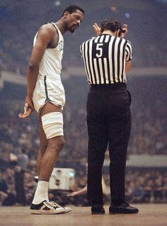 Bill Russell Boston Celtic (He was the man! Celtics Basketball, Basketball Legends, Basketball Players, Basketball Art, College Basketball, Basketball Pictures, Love And Basketball, Sports Pictures, Bill Russell
