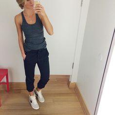 Love these GapFit studio pants grey tank for a boyfriend workout look