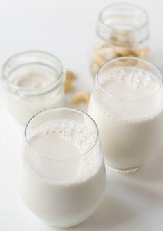 La leche de anacardos es mi preferida, está riquísima. La he hecho con Chufamix, un utensilio muy fácil de usar para preparar cualquier leche vegetal.
