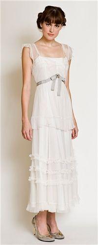 http://www.vintagestyledresses.com/Nataya_Vintage_style_Dress_40005_Ivory_p/40005-ivorynataya.htm