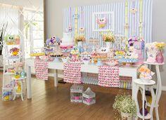 A chegada da Alice foi comemorada com um chá de bebê de corujas! A decoraçãodivertida e com charme homemade foi assinada por Malu Mattos: Fotos: Luciana C