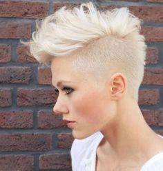 1000 images about frisuren on pinterest faux hawk undercut and short hairstyles. Black Bedroom Furniture Sets. Home Design Ideas