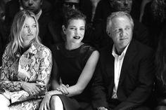 Kate Moss, Charlotte Casiraghi et François-Henri Pinault au premier rang du défilé Gucci http://www.vogue.fr/mode/inspirations/diaporama/fwpe2015-les-coulisses-de-la-fashion-week-de-milan-printemps-ete-2015-jour-1-gucci-alberta-ferretti/20360/image/1073145#!kate-moss-charlotte-casiraghi-et-francois-henri-pinault-au-premier-rang-du-defile-gucci