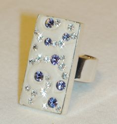 ON SALE  Tanzanite and Diamond Swarovski Crystal par JLSjewelry, $34.00